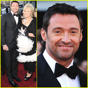 Hugh-jackman-oscars-2011-red-carpet